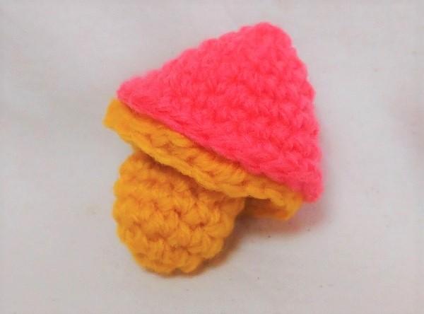 かぎ編み きのこの編みぐるみ